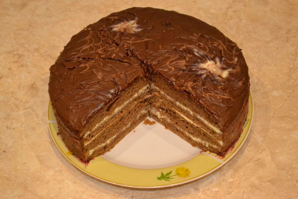 Приготовить торт в домашних условиях